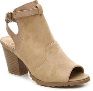 Madeline Western Sandal - Women's