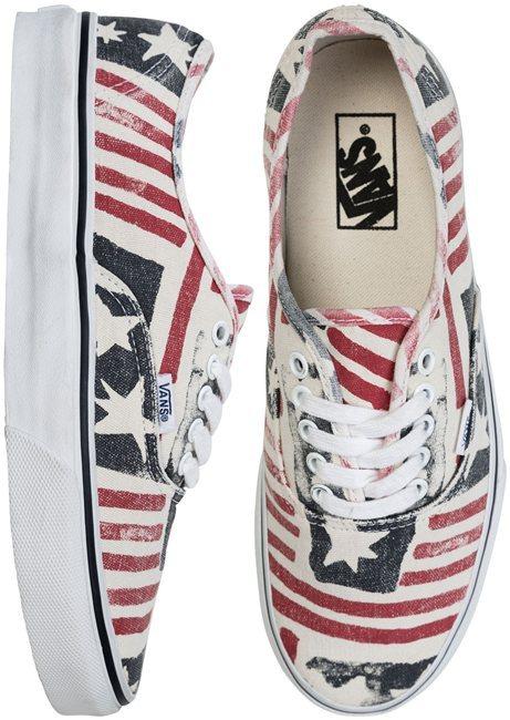 Vans Van Doren Retro Flag Authentic Shoe
