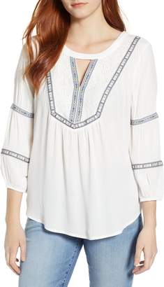 Wit & Wisdom Embroidered Tunic