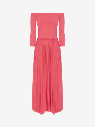 Alexander McQueen Off-The-Shoulder Midi Plisse Dress
