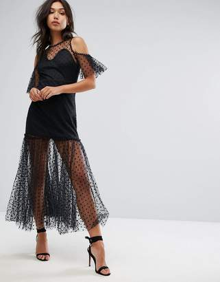 PrettyLittleThing Lace Cold Shoulder Maxi Dress