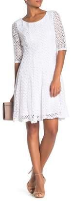 Rabbit Rabbit Rabbit Solid Lace 3\u002F4 Sleeve Dress
