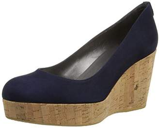 Stuart Weitzman Women's York Wedge Sandal