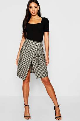 boohoo Woven Mini Check Wrap Midi Skirt