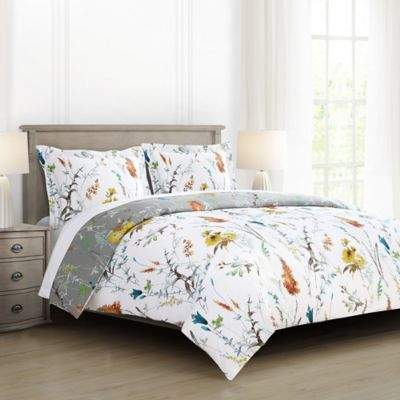Brigita Floral Reversible Twin/Twin XL Comforter Set in White/Grey
