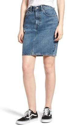 Levi's Mom Bow Back Denim Skirt