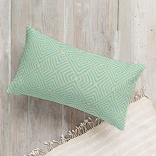 Diamond Fold Self-Launch Lumbar Pillows