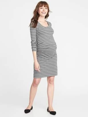 9af3e6e59 Old Navy Maternity Scoop-Neck Bodycon Dress