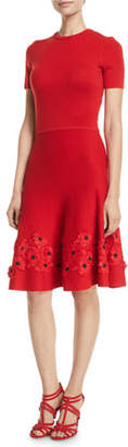 Oscar de la Renta Short-Sleeve Jewel-Neck Lace-Hem Knit Dress