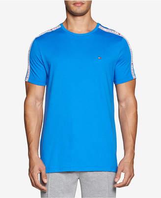 Th Modern Essentials Men Logo T-Shirt
