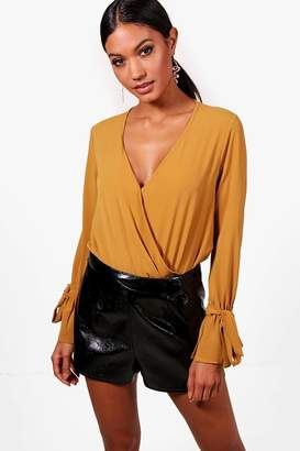 boohoo Wrap Over Tie Sleeve Bodysuit