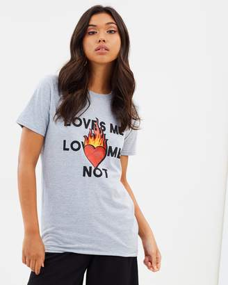 Missguided Loves Me, Loves Me Not Shirt