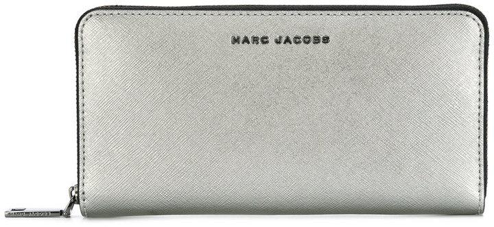 Marc JacobsMarc Jacobs front plaque wallet