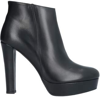 L'amour Ankle boots - Item 11743501SB