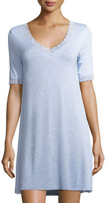 Natori Feathers Lace-Trim Sleepshirt