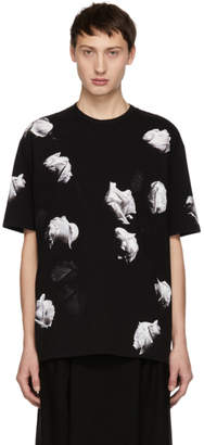 Lad Musician Black and White Big Rose T-Shirt