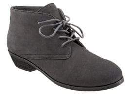 SoftWalk Ramsey Suede Chukka Boots