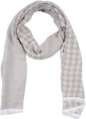 Manuel Ritz Oblong scarves