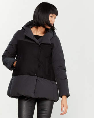 ADD Hooded Contrast Down Jacket