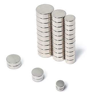 Chloé JACK Round Refrigerator Magnets