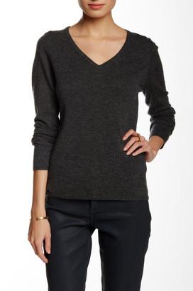 In Cashmere V-Neck Cashmere Sweater $185 thestylecure.com