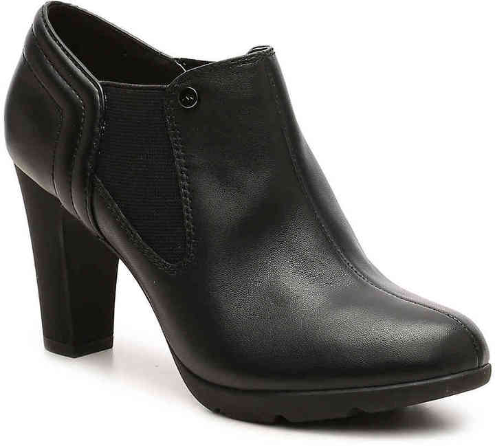 Anne KleinWomen's Anne Klein Sport Xplain Chelsea Boot -Black