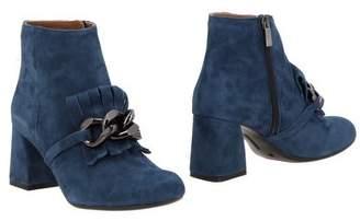 DANIELE TORTORA Ankle boots