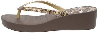 Ipanema Art Deco 111 Brown Sandal