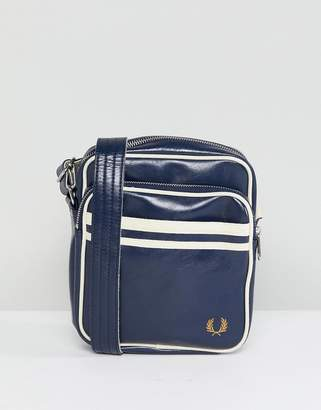 Fred Perry Classic Flight Bag In Navy