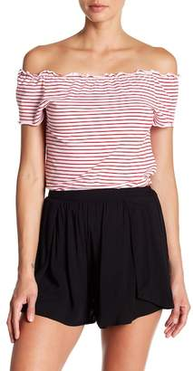 GOOD LUCK GEM Stripe Lettuce Trim Off-the-Shoulder Tee