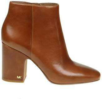 Michael Kors elaine Ankle Boots In Caramel Color