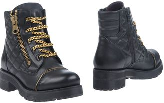 BRONX Ankle boots $137 thestylecure.com