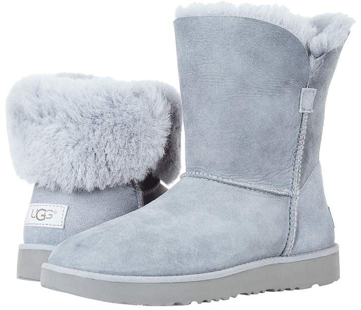 UGG - Classic Cuff Short Women's Shoes