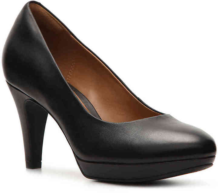 Clarks Women's Brierdolly Platform Pump -Black