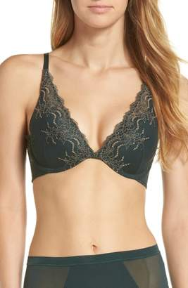 Spanx R) Undie-tectable Push-Up Plunge Underwire Bra
