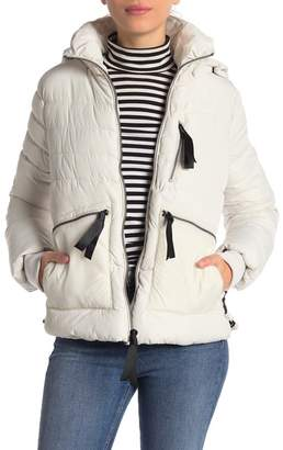 GUESS Ribbon Seam Faux Fur Trim Hooded Jacket