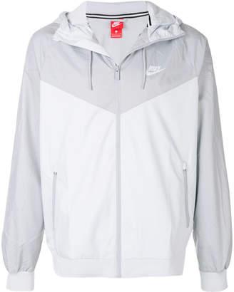 Nike Windrunner zipped jacket