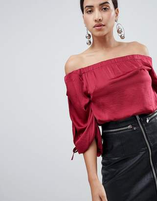 AX Paris Ruched Sleeve Top