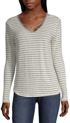 Arizona Long Sleeve V Neck Stripe T-Shirt-Womens Juniors