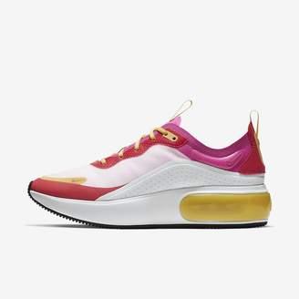 Nike Women's Shoe Dia LX