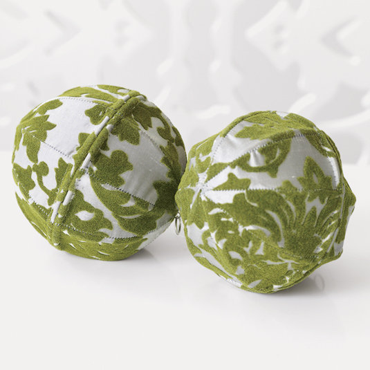 Flocked Leaf Ornaments - Silver/Leaf