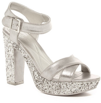 Kenneth Cole Reaction I Can Change Platform Sandal $89 thestylecure.com
