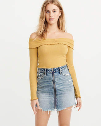 Abercrombie & Fitch Off-The-Shoulder Long-Sleeve Top