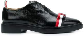 Thom Browne Leather Bow Pebble Grain Shoe