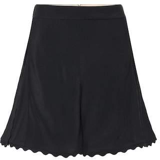 Chloé Scalloped crêpe shorts