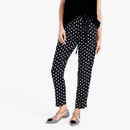 Tie-waist pant in star-printed crepe