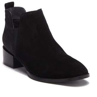Seychelles Commitment Suede Chelsea Boot