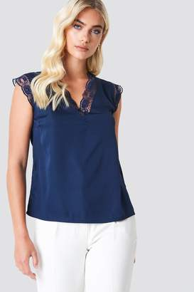 Rut & Circle Rut&Circle Suri Deep Back Top Dark Navy