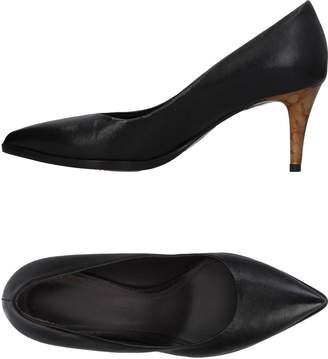 Luca Valentini Pumps - Item 11400354
