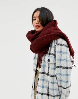 Asos Design DESIGN supersoft long woven scarf with tassels in burgundy